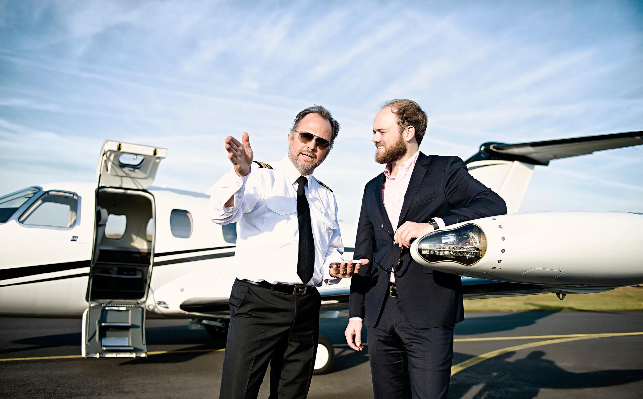 Hier sehen Sie einen Piloten - Business Portraits - Business Branding Fotograf Berlin